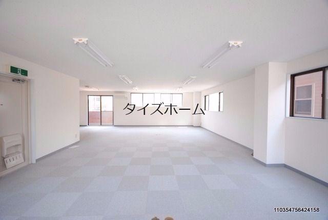 内装はリフォーム済みでとても綺麗です。JR八王子駅から徒歩5分、京王八王子駅前からも徒歩5分。便利な立地です。 表紙