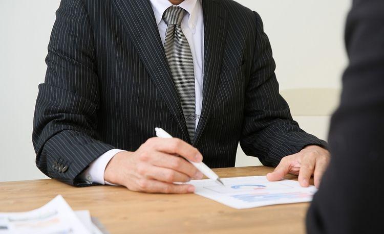 『テナントビルのオーナーは弁護士費用の種類を把握しておこう』