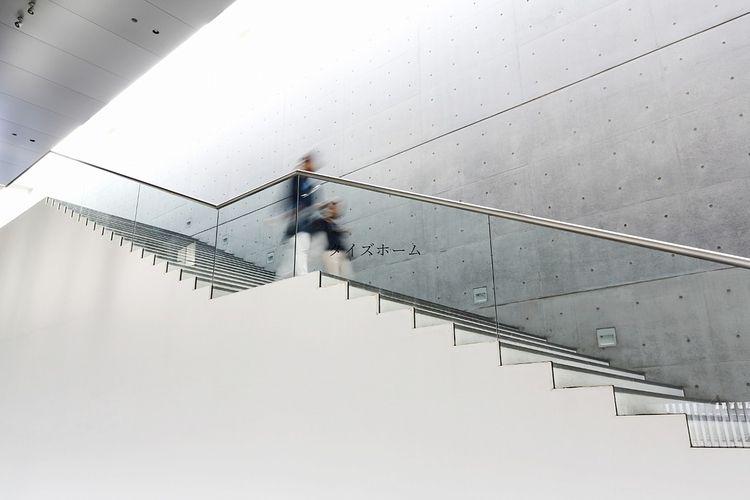 『【オフィスビルについて!】階段の種類にはどんなものがある?』