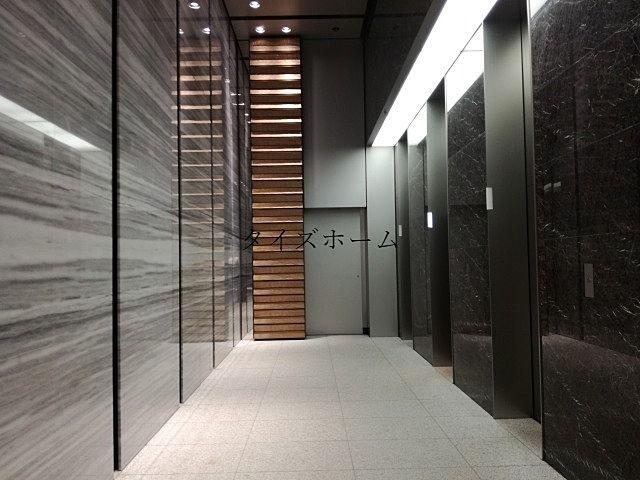 『オフィスビルのエレベーターを利用しやすいものにするには?』