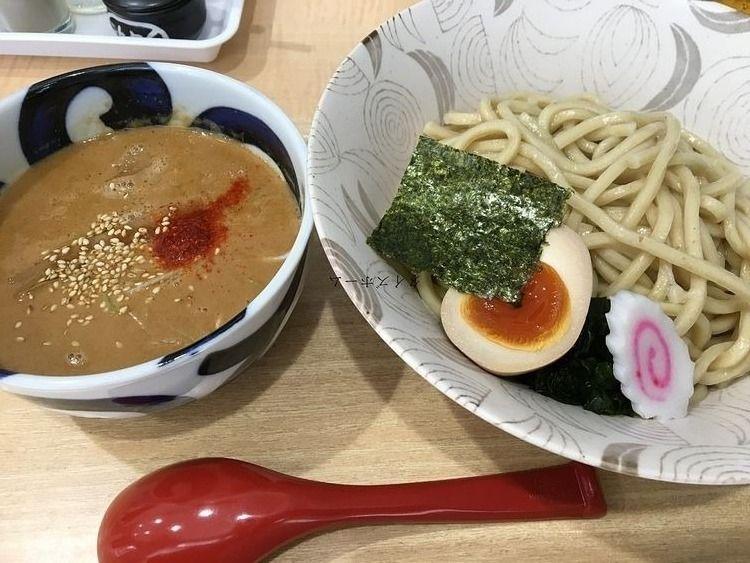 八王子駅前の『中華そば つけ麺 音七』